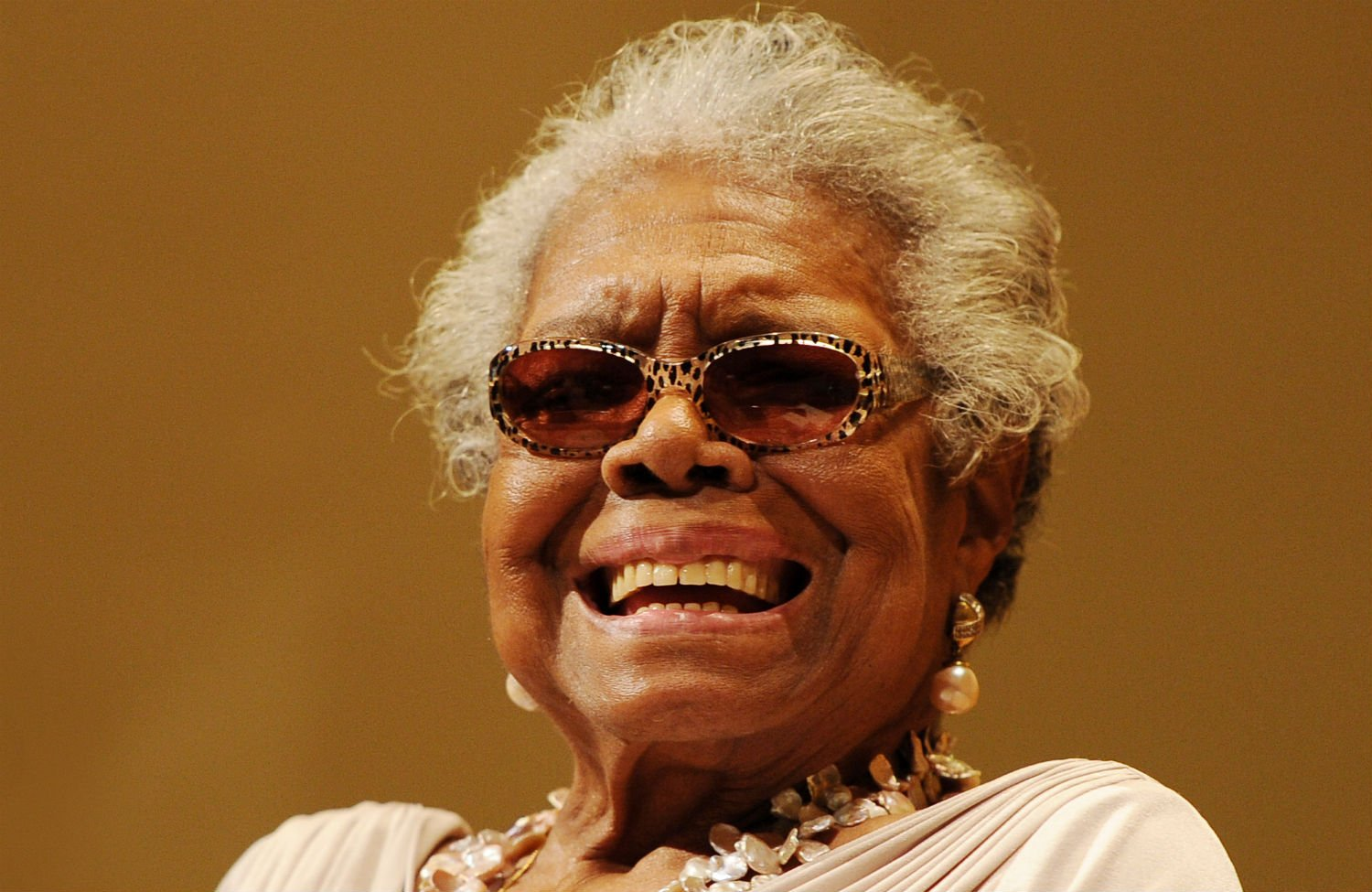 """maya augelou Distinctly referred to as """"a redwood tree, with deep roots in american culture,"""" dr maya angelou (april 4, 1928-may 28, 2014) led a prolific life as a singer, dancer, activist, poet and writer, she inspired generations with lyrical modern african-american thought that pushed boundaries."""